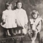 1907 Maude, Amy & Norman Hull